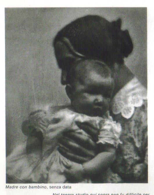 Madre con bambino, senza data