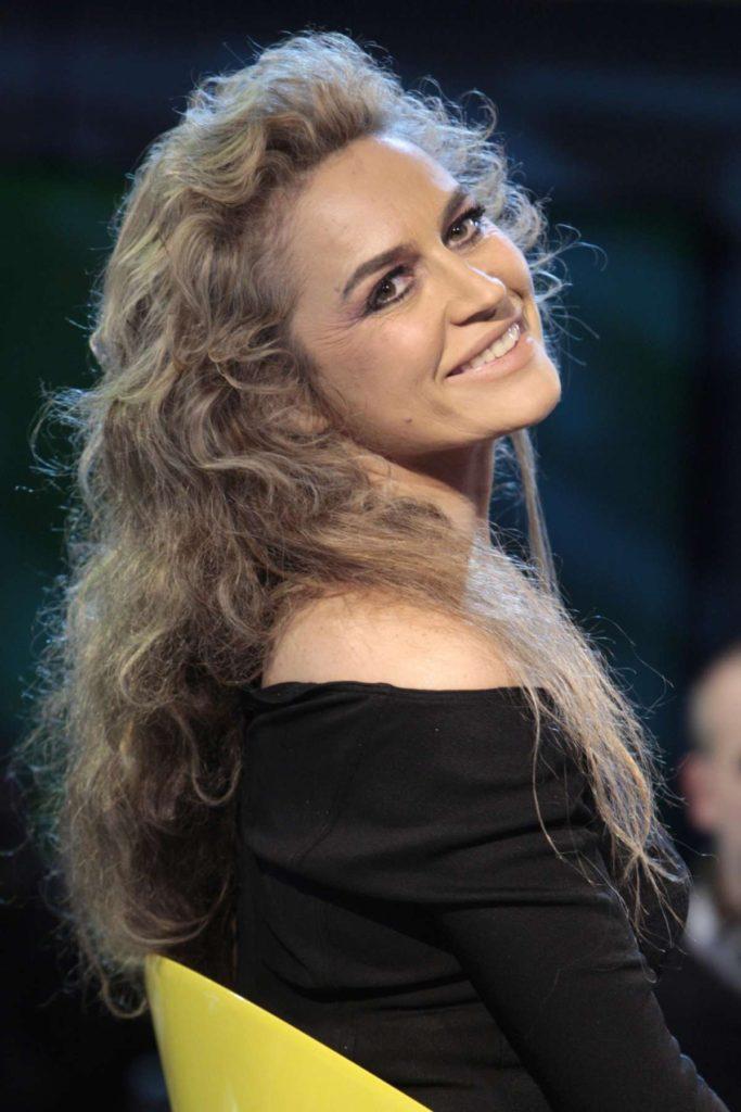 lory-del-santo-vincitrice-isola-dei-famosi-2005