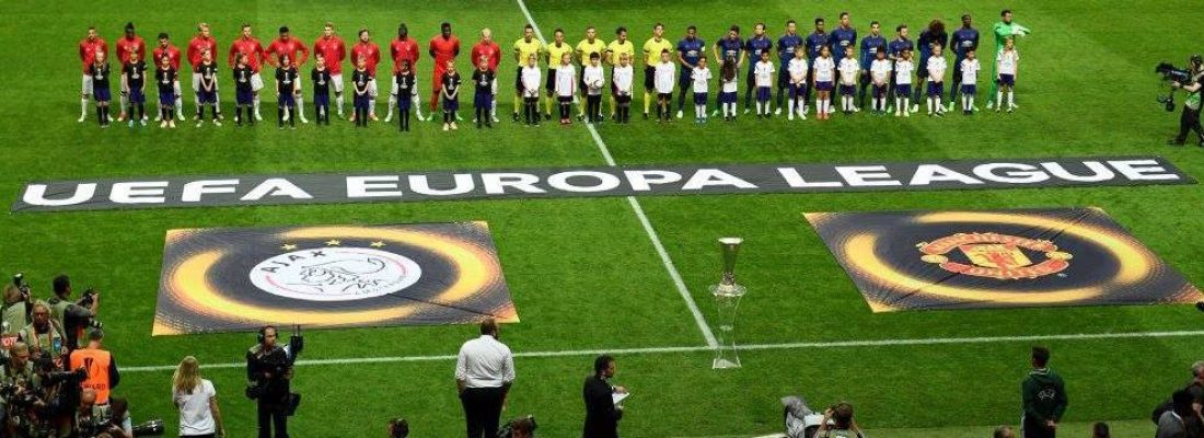IL MANCHESTER UNITED SOLLEVA L'EUROPA LEAGUE