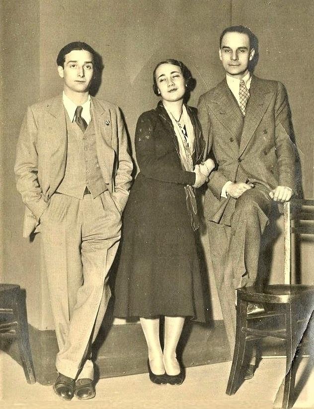 Ruggero Greco (a sinistra) con gli attori Elsa Merlini e Sergio Tofano, 1932