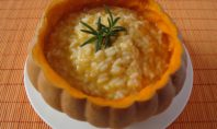 RISOTTO DI HALLOWEEN AL SANGUE DI PACHINO E OCCHI DI DRAGO