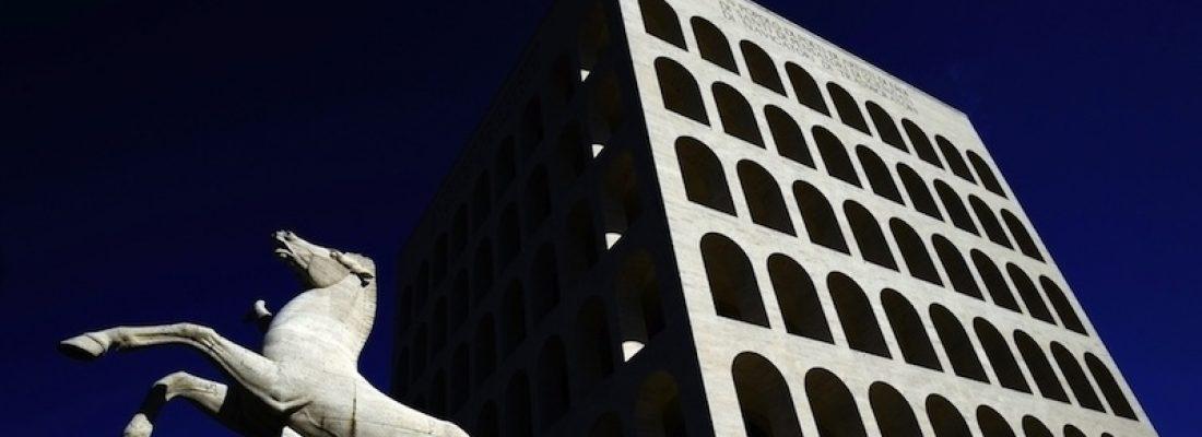 L'ARCHITETTURA RAZIONALISTA DI MUSSOLINI