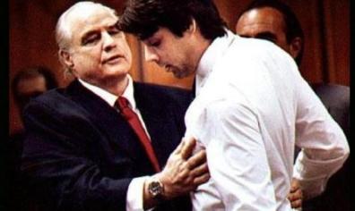 SCANDALO PROFUMO, UNA BELLA SPIA FA CADERE IL GOVERNO