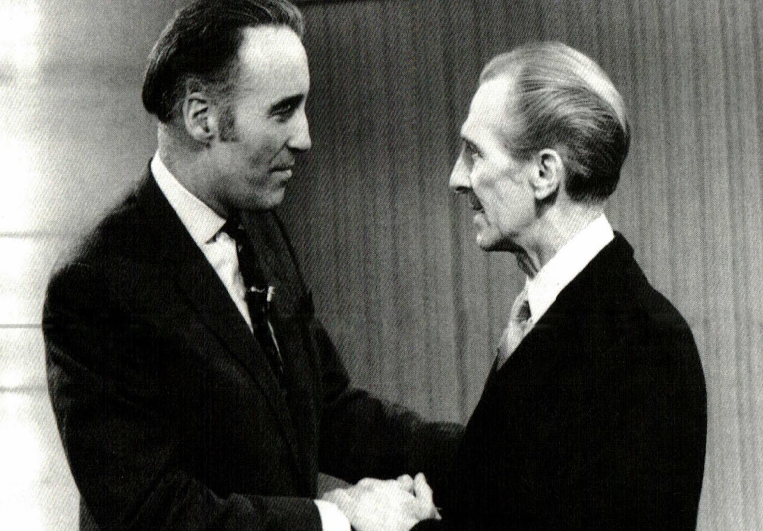 PETER CUSHING, AMICO-NEMICO DI CHRISTOPHER LEE