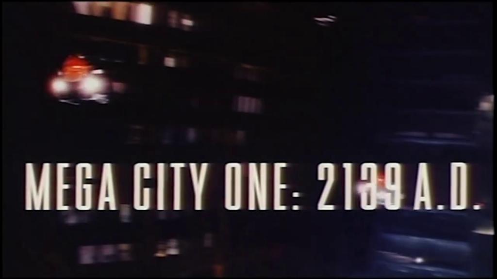 DREDD 1995 - LA LEGGE DI STALLONE